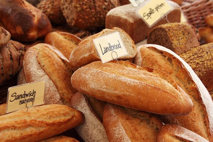pães com glúten